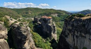 SKG to Meteora private tours