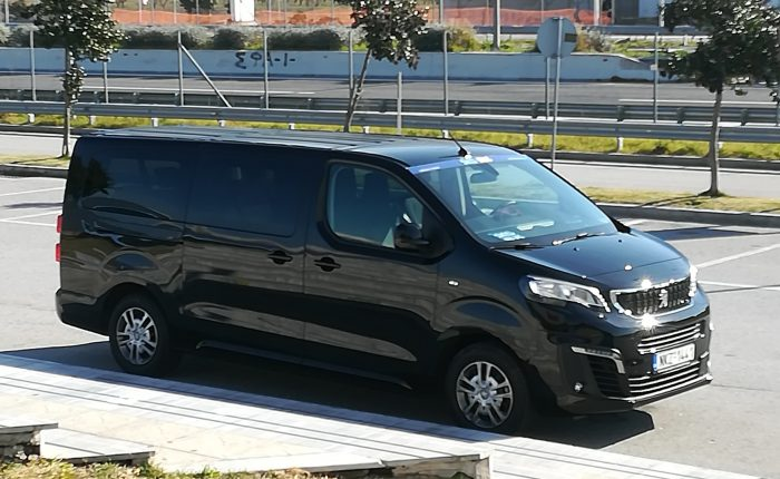 Minivan charters